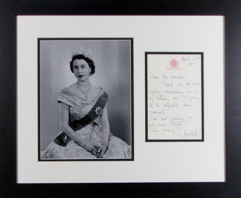 queen elizabeth ii autograph letter display