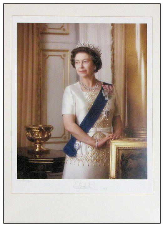 queen elizabeth ii autograph signed photo